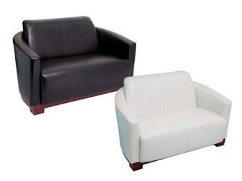 Twin  Lounge